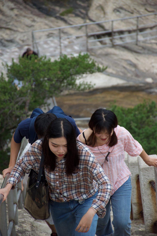 Strong Climbing Ladies!