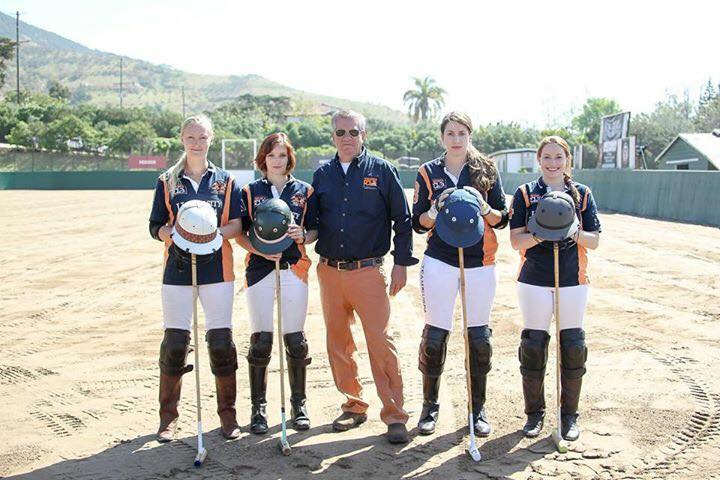 2017-womens-team.jpg