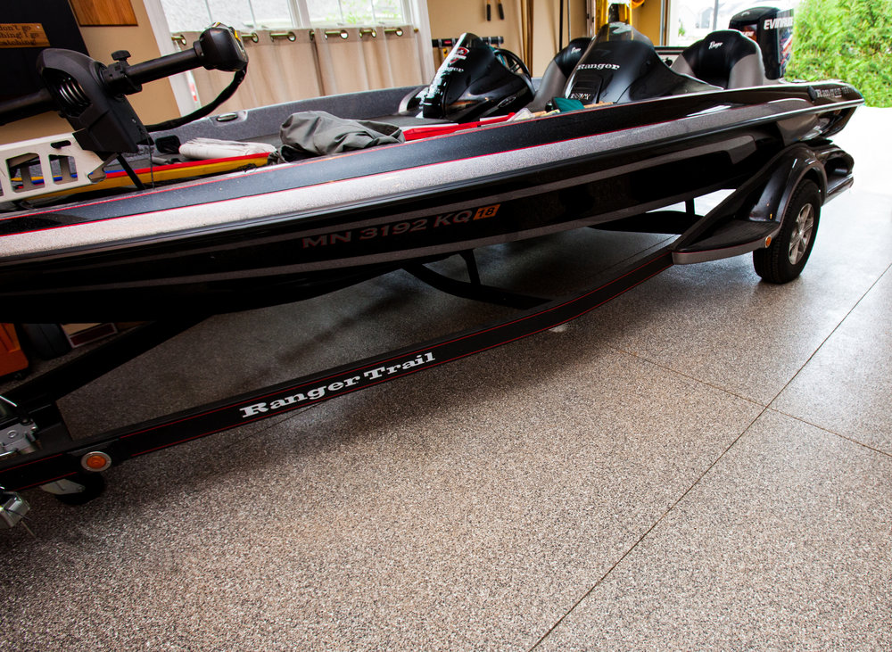 lp-floor-coating-chip-finish-boat.jpg