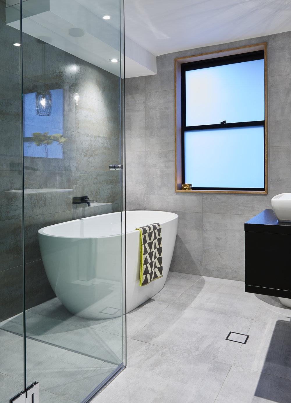 1 Lindfield Bathroom0100.jpg