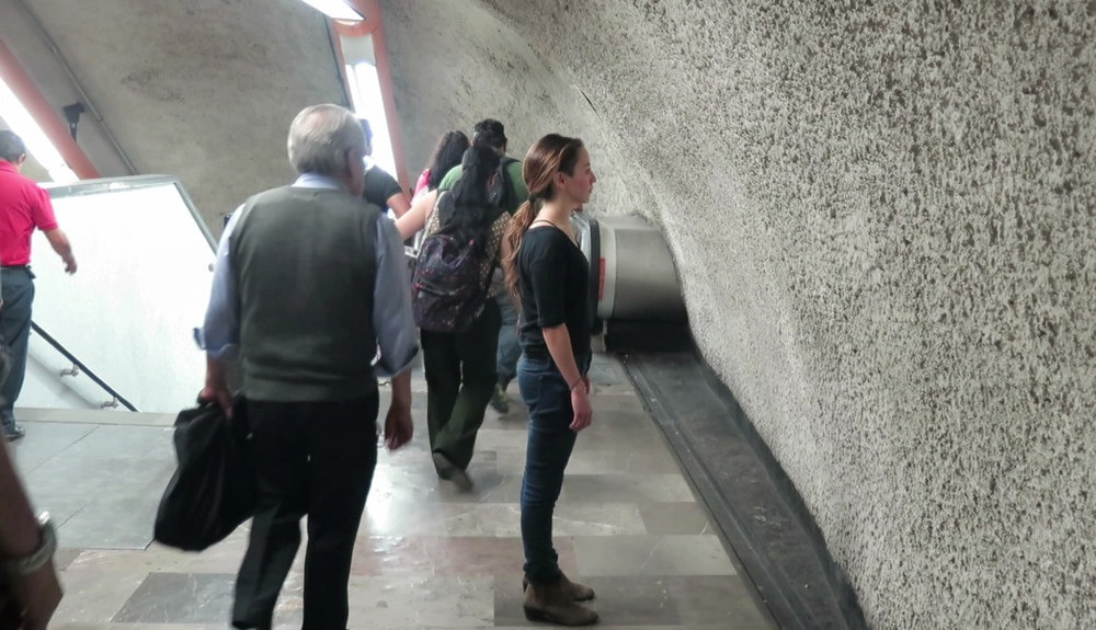 1 hour performance in Metro Tacubaya station, Mexico City.  Performers: Emiliano Vázquez and Lucia Hinojosa.