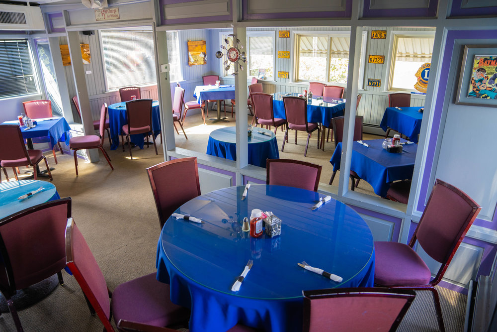 Events - Tony Joe's offers a wide variety of dining accommodations. Looking for a place to host a birthday party, anniversary, or business event? Look no further. We have the space, the food, and the wonderful staff to cater to your special event. Simply call (610) 469-6419 to begin planning! Let us know how many people you will be bringing and what you'd like to eat; we'll handle the rest.