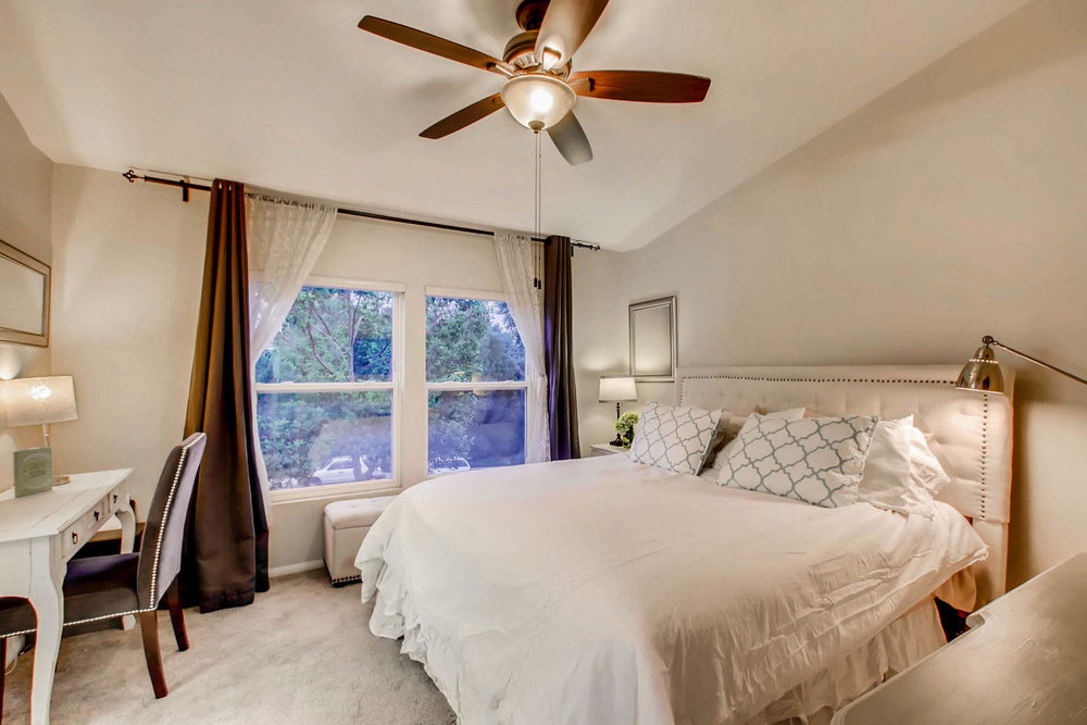6114 Citracado Circle Carlsbad-large-012-32-2nd Floor Master Bedroom-1500x1000-72dpi.jpg