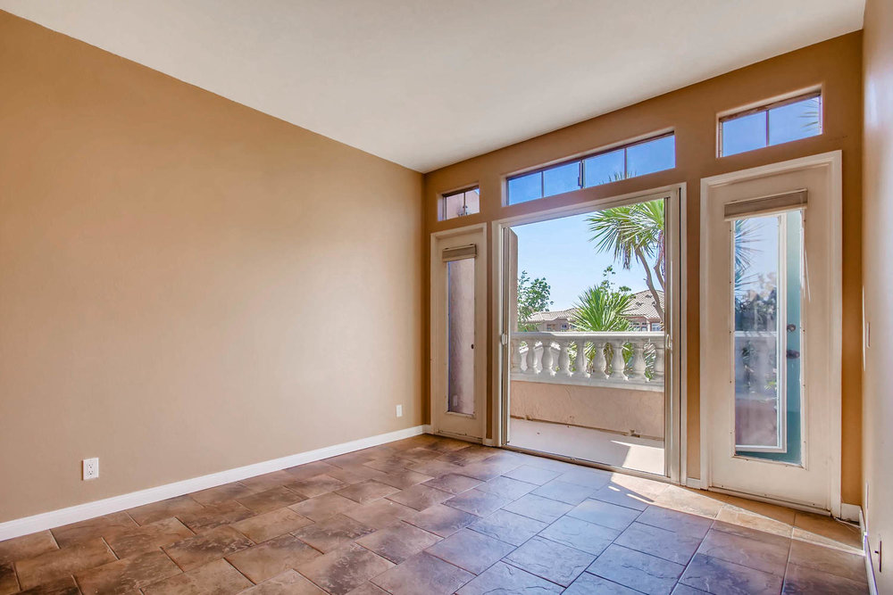 3555 Cameo Dr 64 Oceanside CA-large-019-10-Master Bedroom-1500x1000-72dpi.jpg