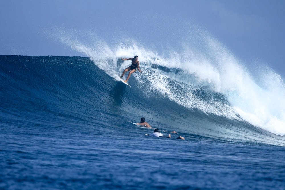 tara_sea_heart_surfing_maldives