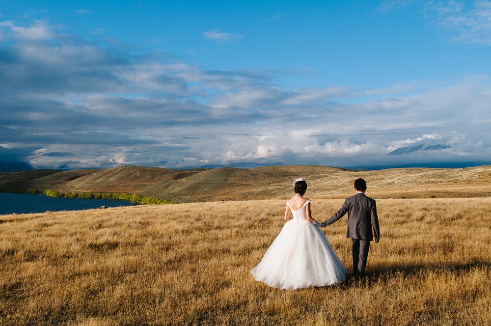 Lake Tekapo wedding with Candice and Jenghis, New Zealand.