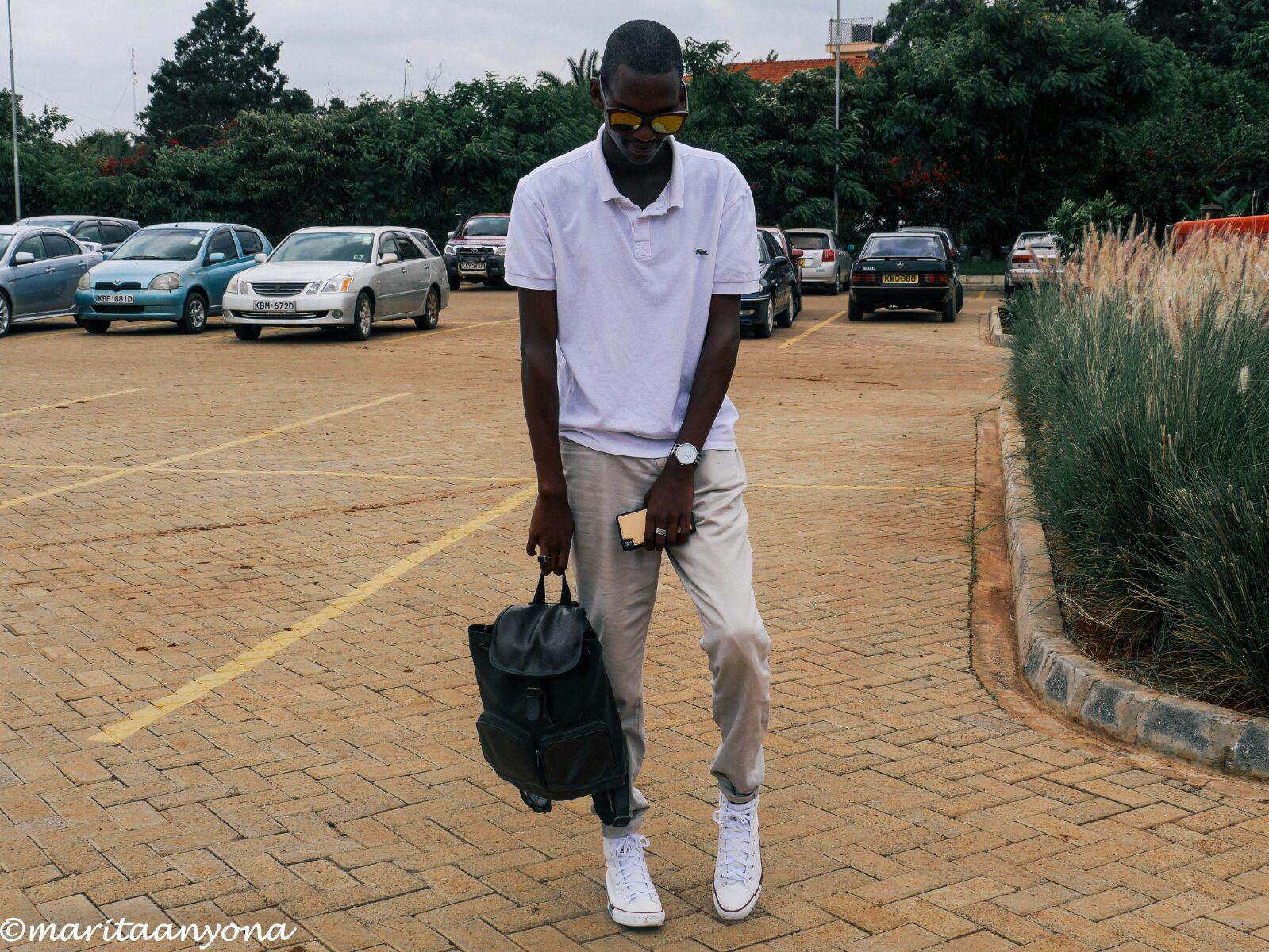HOW TO WEAR | WHITE CONVERSE | BY FRED ANYONA | SO YOU LIKE FASHION | COLLEGE WEAR