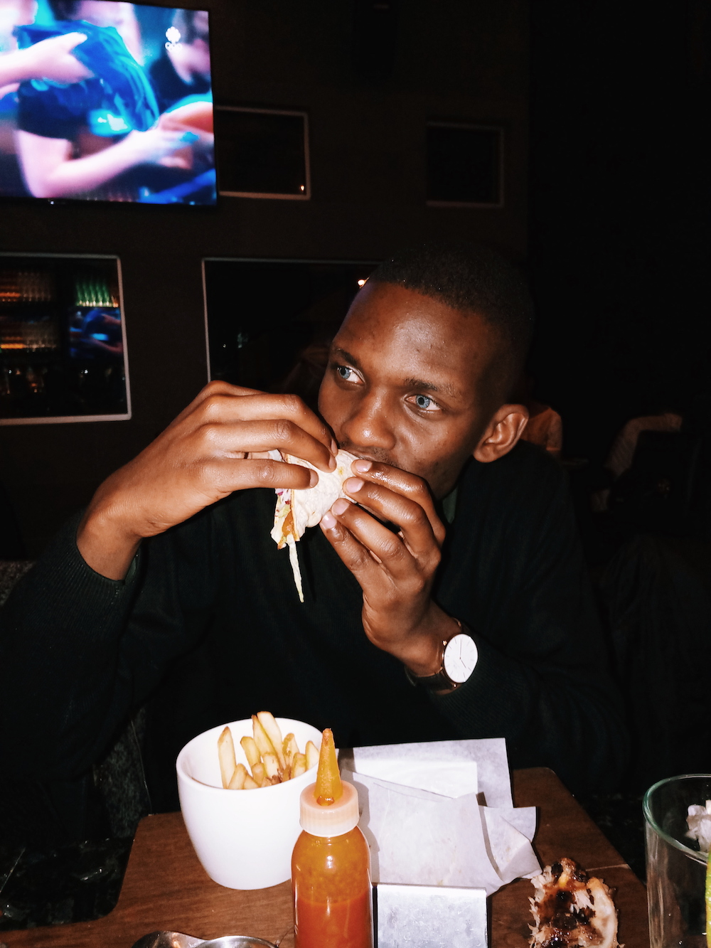 Fred Anyona | Foodie Exploring Moxie's