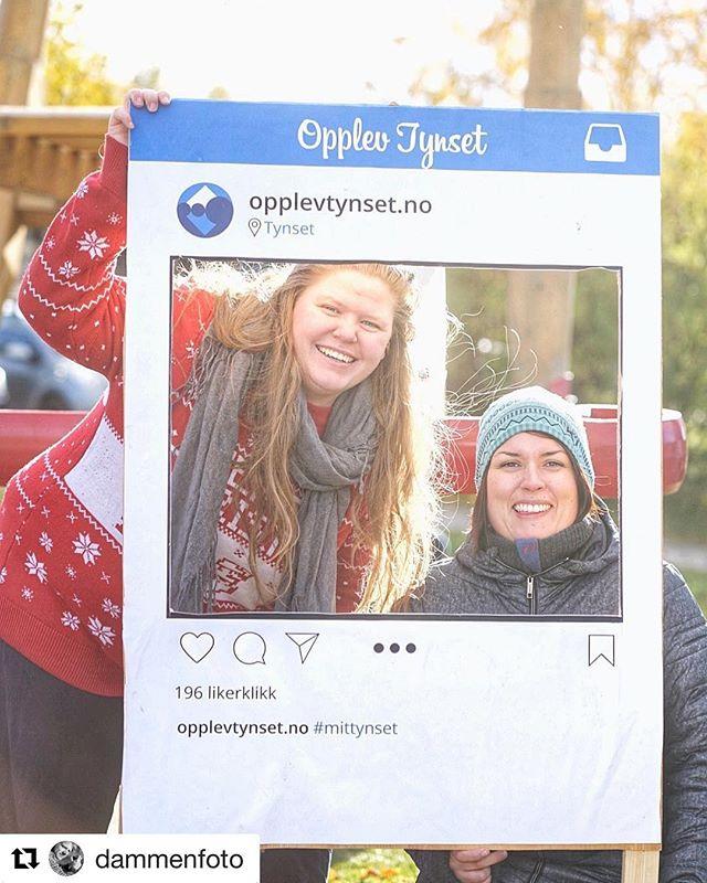 Vi hadde besøk av @dammenfoto på stand for @opplevtynset.no 😄Kom innom oss i teltet på torget 💃🏻