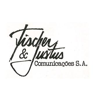 Justus inicia carreira no mercado publicitário - 1981 | Visionário e empreendedor nato, Roberto Justus optou por deixar os negócios da família e iniciar carreira no mercado publicitário como sócio da Fischer & Justus Comunicações. Na agência, fica responsável por toda a área de administração e finanças.