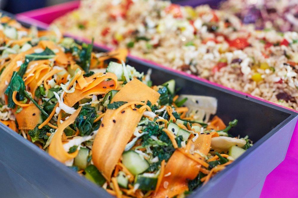 Hibou_salad_boxes.jpg