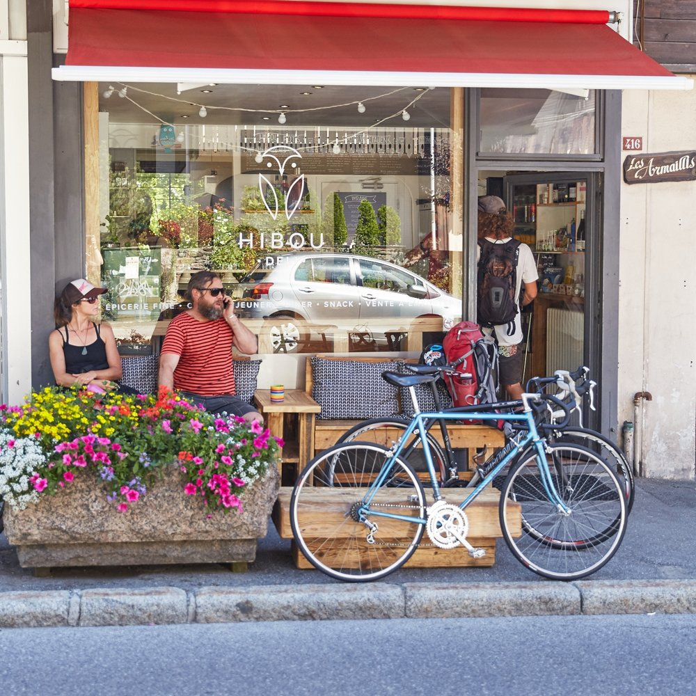 04 50 96 65 13 - 416 Rue Joseph Vallot, ChamonixOuvert Lundi - Samedi : 11h00 - 20h30Dimanche : Fermé