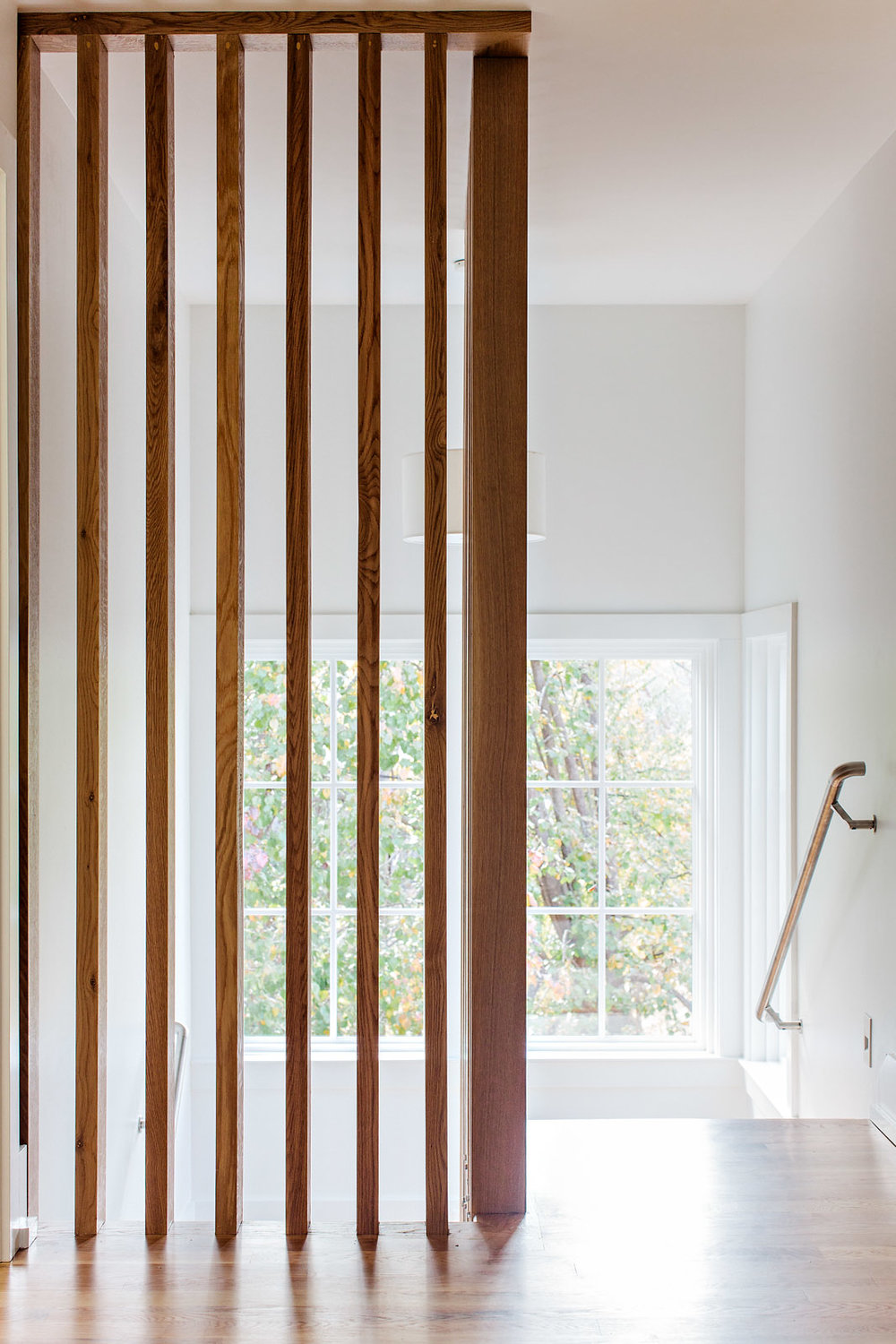 Details of staircase and divider of Pathasema House (Homewood, AL) #architecture #interiors