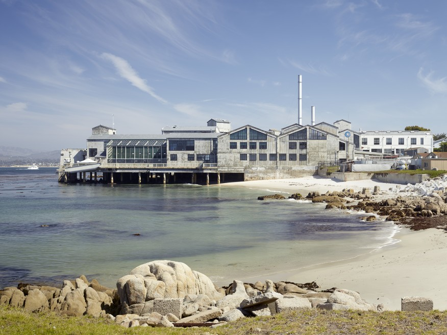 Monterey Bay Aquarium. Designed by EHDD. Photo Bruce Damonte.