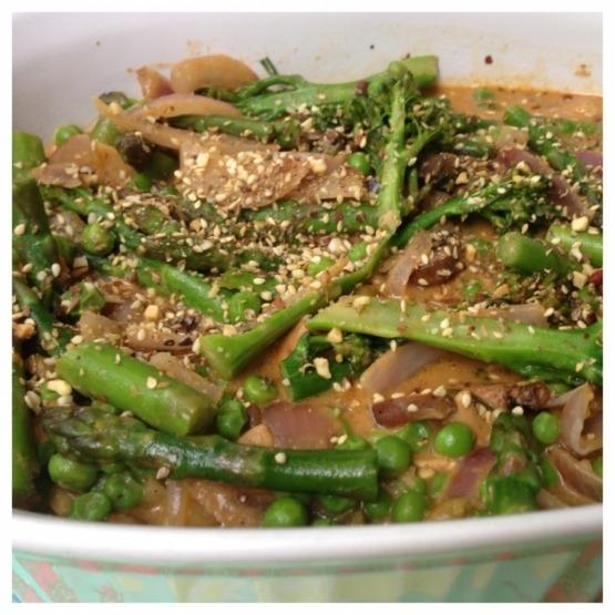 Thai Sauce & Veggies.png