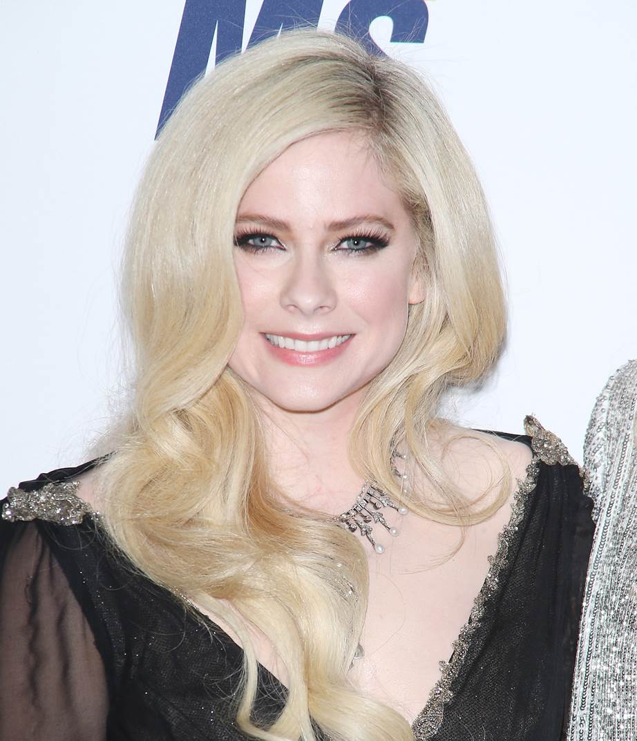 Avril Lavigne Without Makeup Topsimages