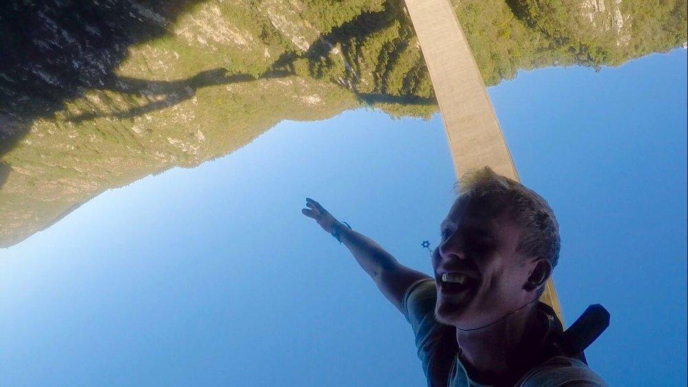 bungee jump.jpg