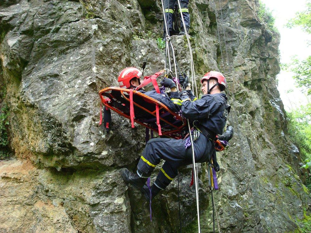 rescue 3 oceania rope rescue.jpg