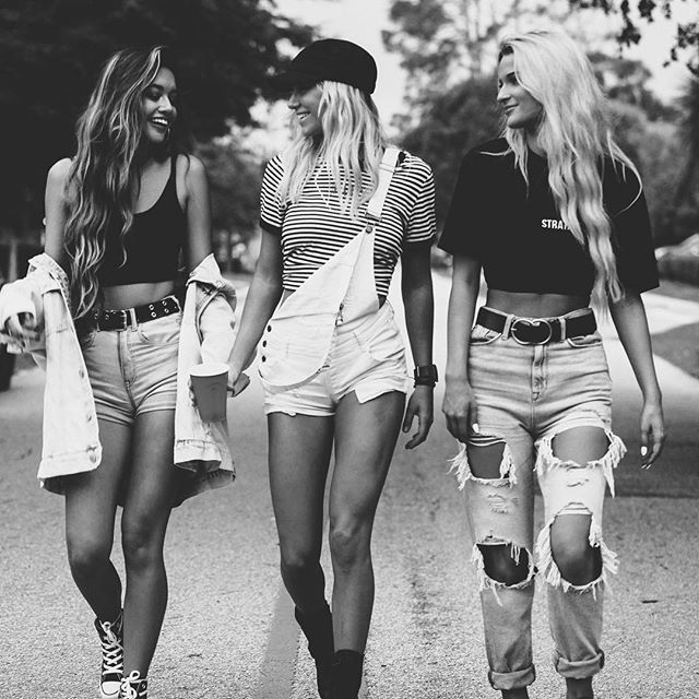 Grab your girls, it's almost time to party // Border Bash is this SATURDAY 🤟🏼see you there #borderbash