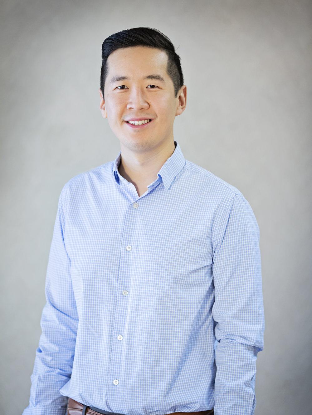 Dr. Tru Tran, DDS