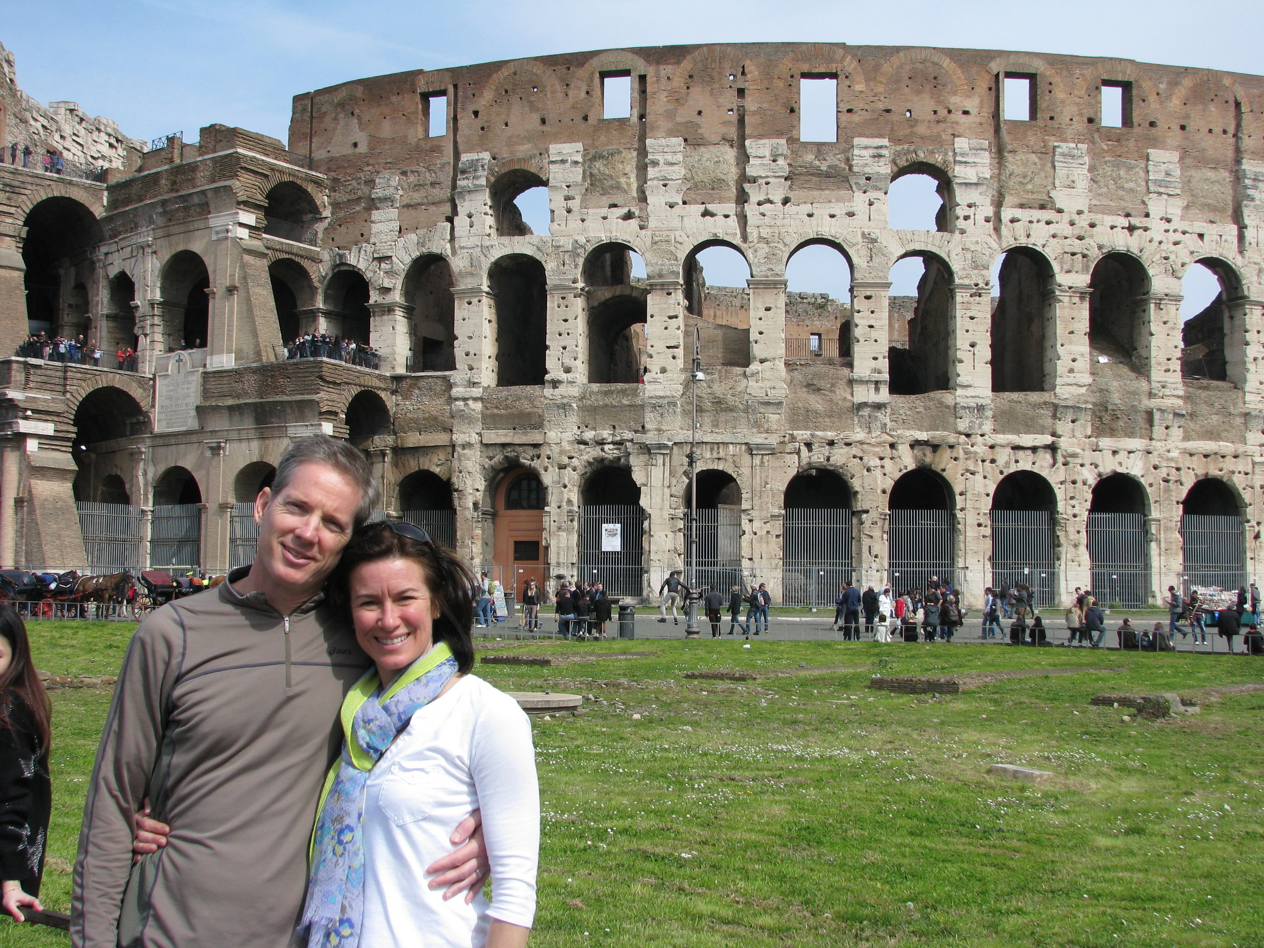 Laura and Tom in front of Colosseum