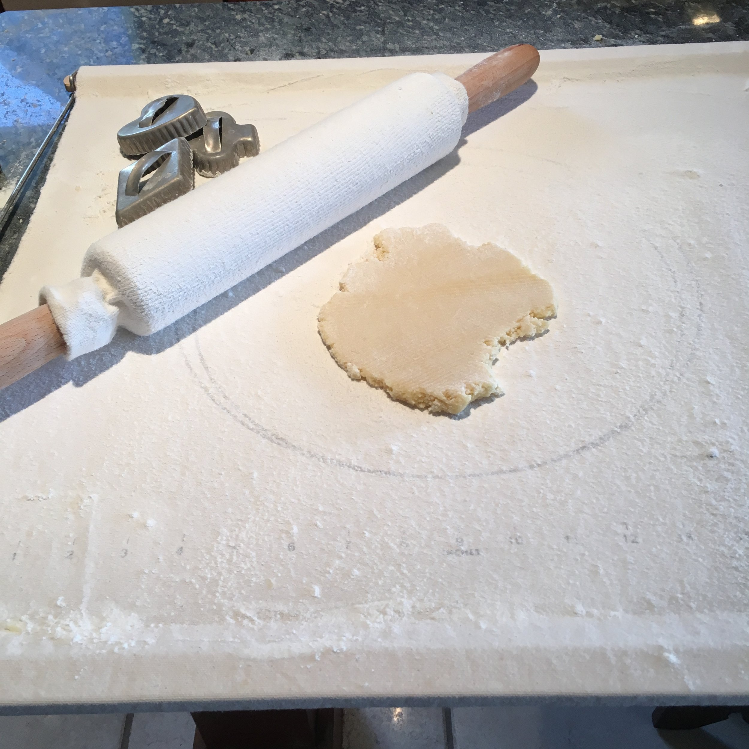 rolling-cookies
