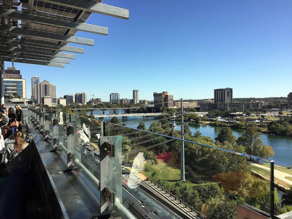 1600px-Austin_public_library_rooftop_garden.jpg