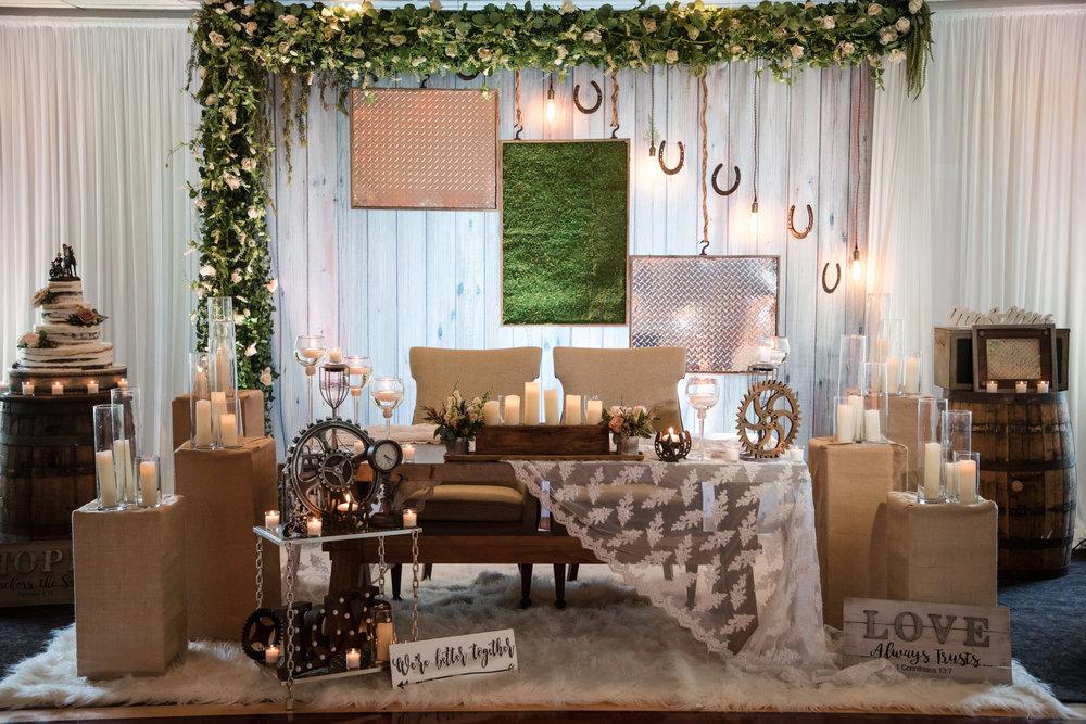 royal backdrops sweetheart table