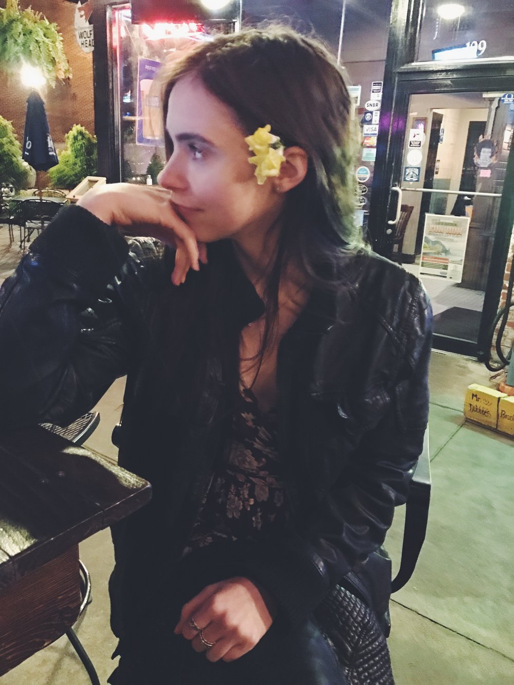 indie style, hipster, long hair, flowers