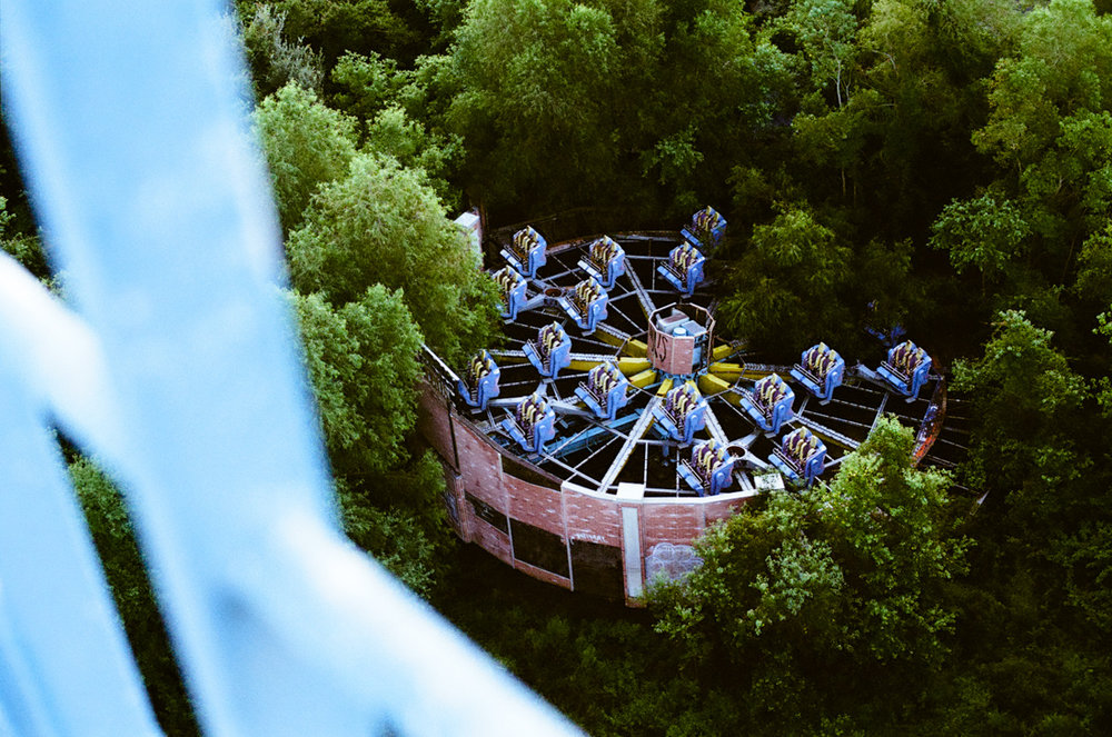 abandoned_six flags_new orleans_photo_01.jpg