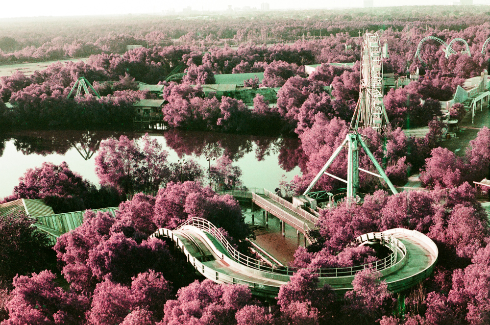 new orleans_six flags_abandoned_photo.jpg