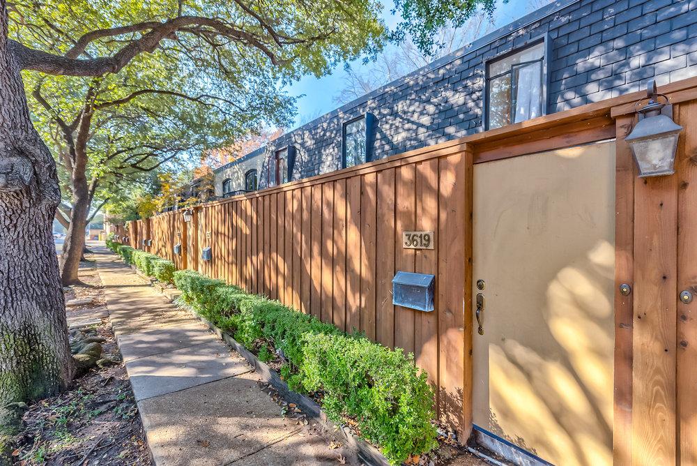 3619 Hawthorne Avenue_Dallas 75219 (1 of 38).jpg