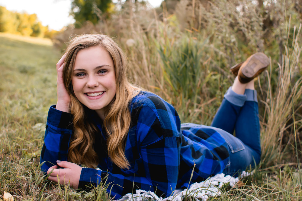 Senior Session - pre session consultation1.5-2 hour photo session2-4 locations + outfit changes40-50 images in an online ordering galleryInvestment: $500 session fee + order