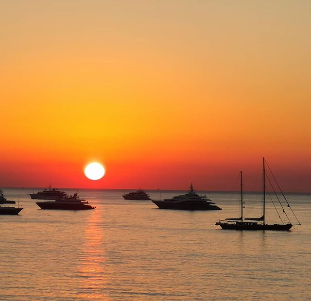 Sunrise over the yachts