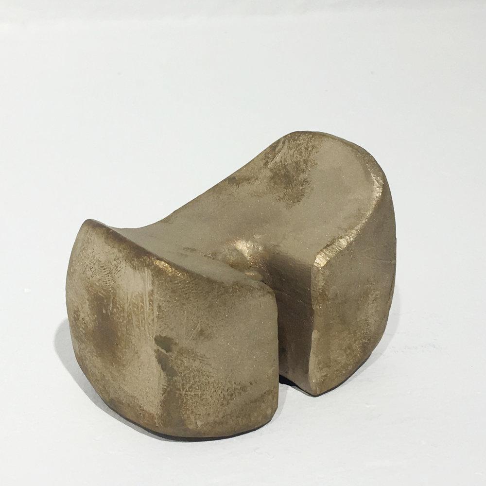 bronze1.jpg