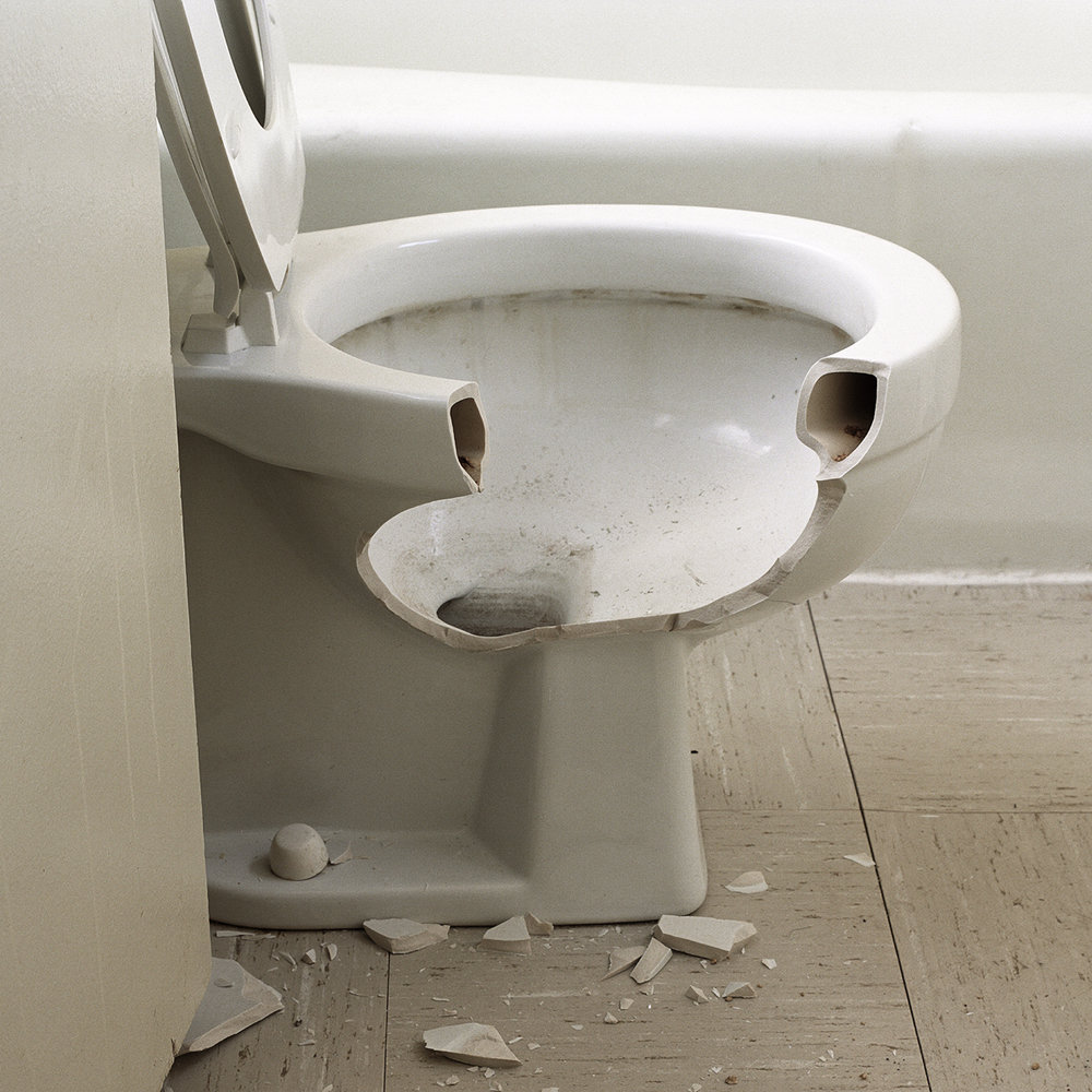 10. Untitled (Toilet). 2005. Archival Pigment Print.