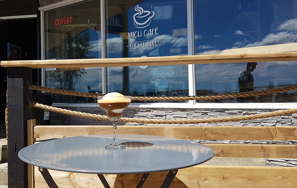 Affogato  De la crème glacée noyée dans un espresso. À déguster sur la nouvelle terrasse !