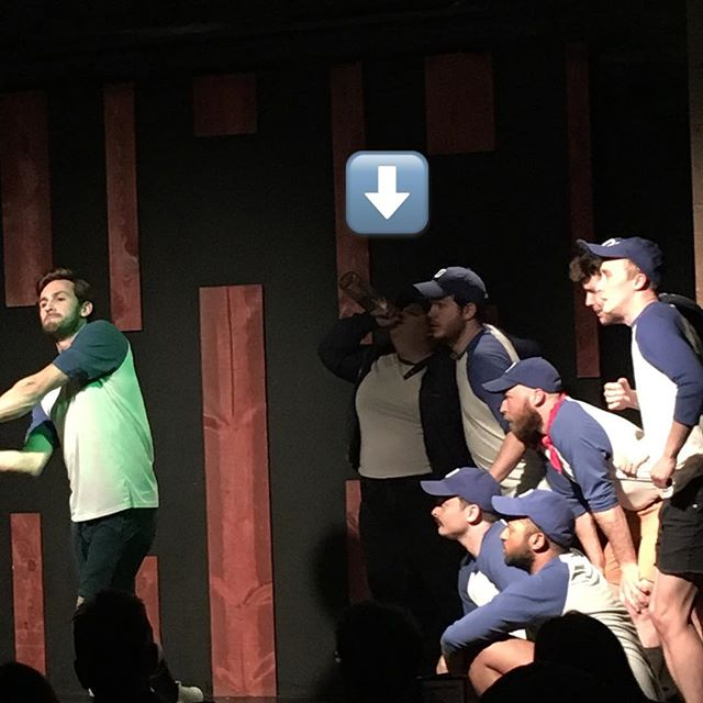 Get yourself a coach like @quinnandtonic91 who's always in the moment. 🍾#champion #champaignpapi #happyhour #partyparty #9thinning #worldseries #musicals #chicagocomedy