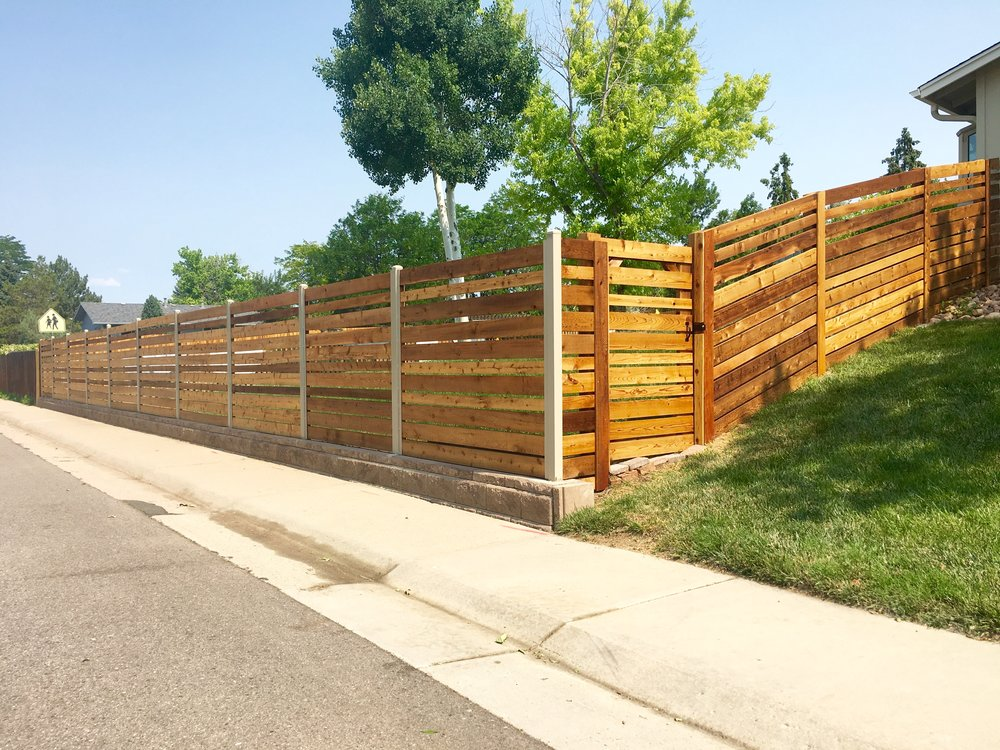 Horizontal Rail with metal posts and retaining wall - full view.jpeg