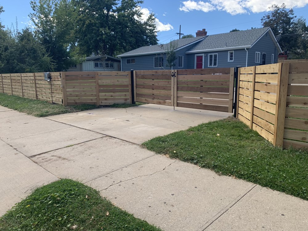 Double swing gate - Horizontal cedar on top of steel posts/framework
