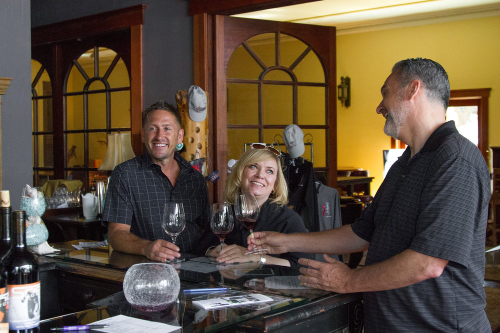 Sno Road winery wine tour in Echo Oregon.jpg
