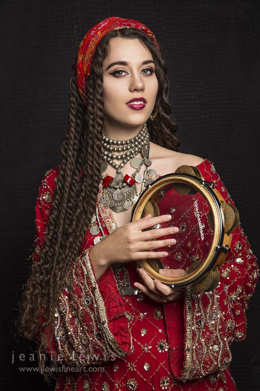 Morgan Riq - Jeanie Lewis.jpg