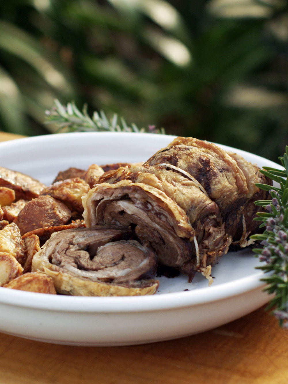 2-080-Lamb-Rolled-Belly-Roast-with-Fried-Potatoes-web.jpg