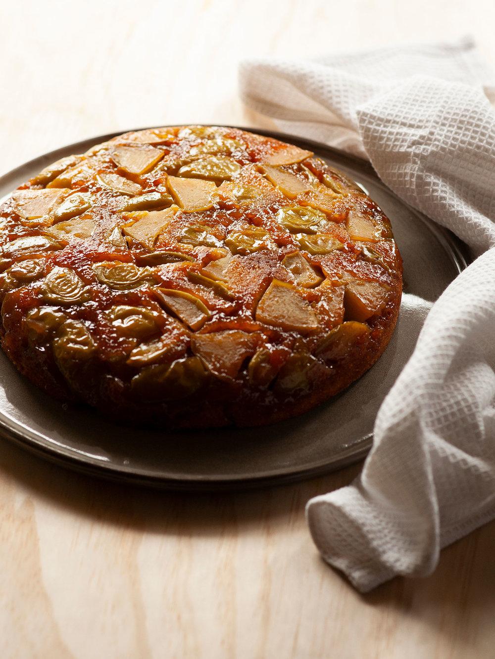 2-188-Apple-Caramel-Sponge-Cake-web.jpg