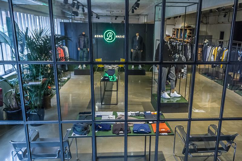 Brandscelona-Showroom-5.jpg