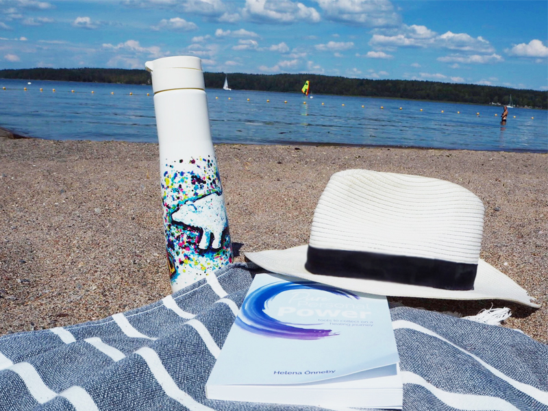 Beach read: Pure Personal Power by    Helena Önneby