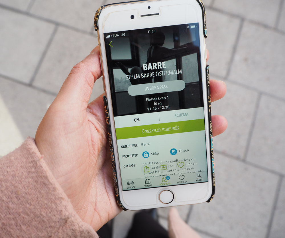 With    FitnessCollection    you can easily sign up for a Barre class //Sponsored app