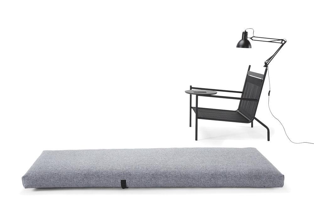 noir-chair-oliver-lukas-weisskrogh-5.jpg