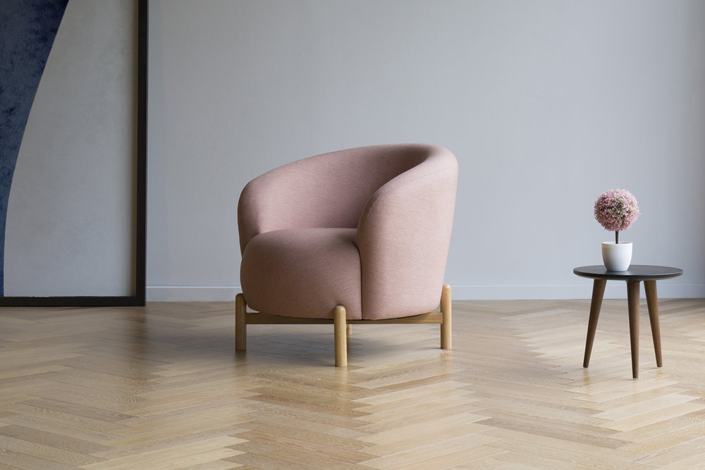 Esby  Lounge Chair