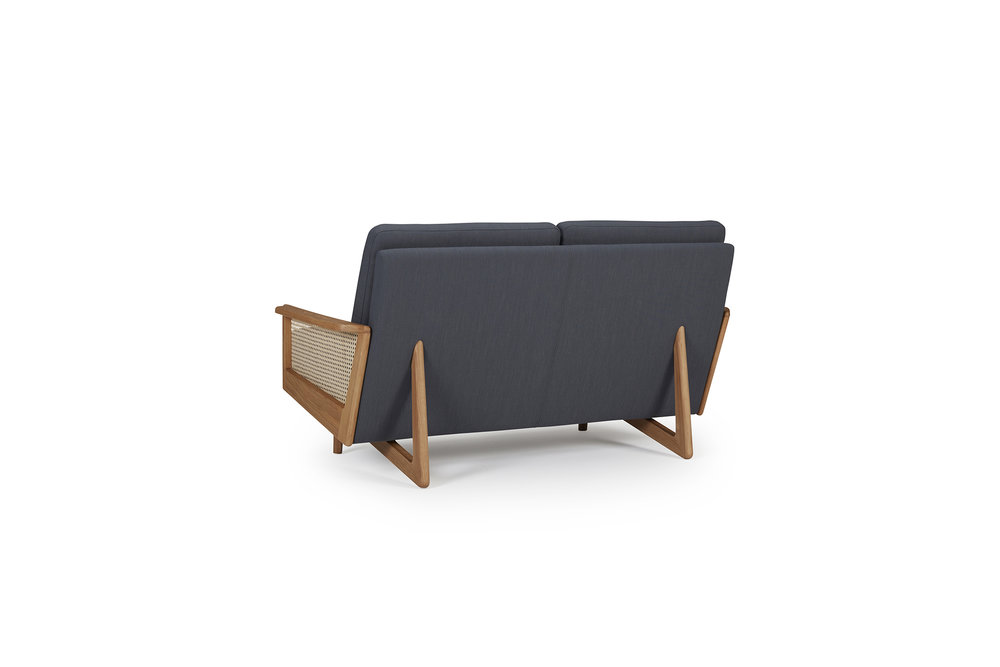 egsmark-sofa-cane-web-oliver-lukas-weisskrogh-2.jpg